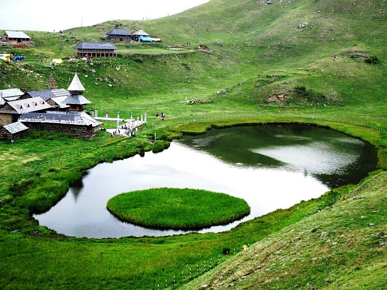https://travelindiavacations.com/complete-himachal-tour/