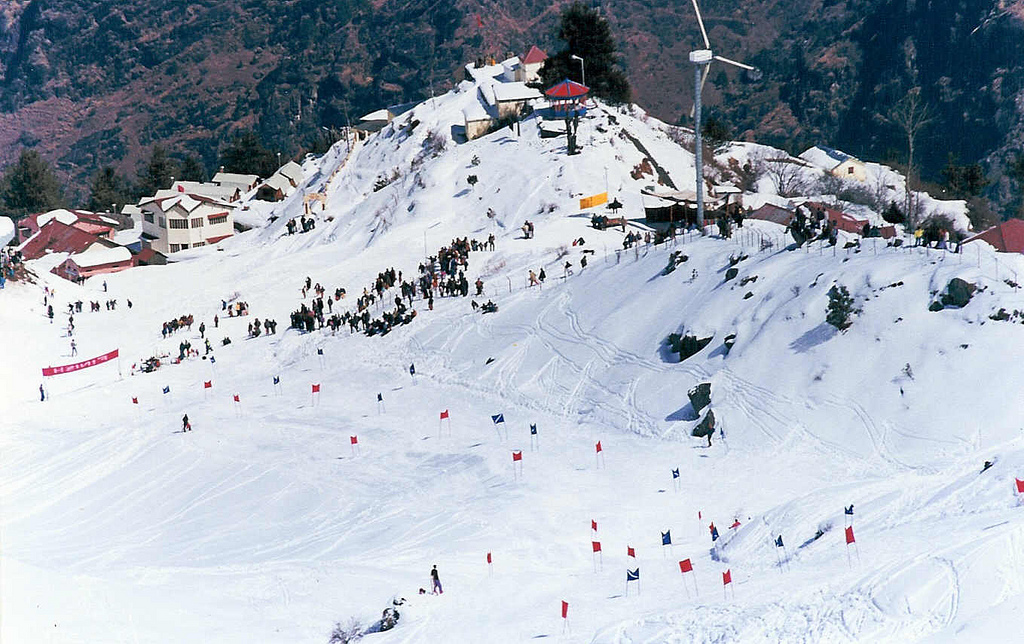 https://travelindiavacations.com/auli-tour-package-from-delhi/