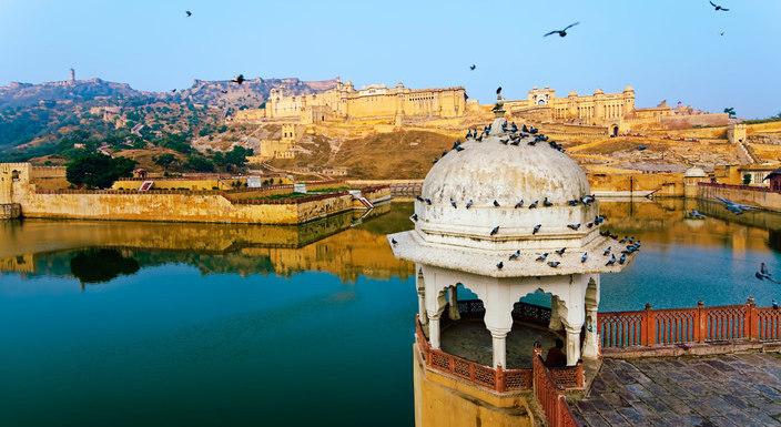 Amber-Fort-Jaipur_travelindiavacations