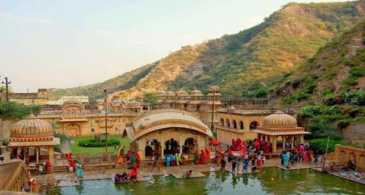 Delhi_Jaipur_Delhi_travelindiavacations